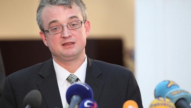 TOP 09 koaliční dohodu k NKÚ setrvale torpédovala