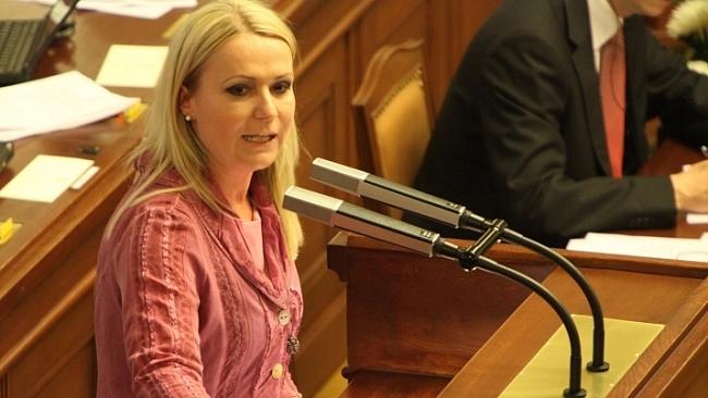 Interpelace na ministra financí ve věci rušení VLT a VHP