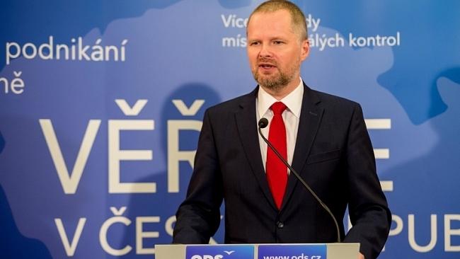 Petr Fiala: Sněmovna podpořila návrh ODS – rodiče mohou využít peníze ze stavebního spoření