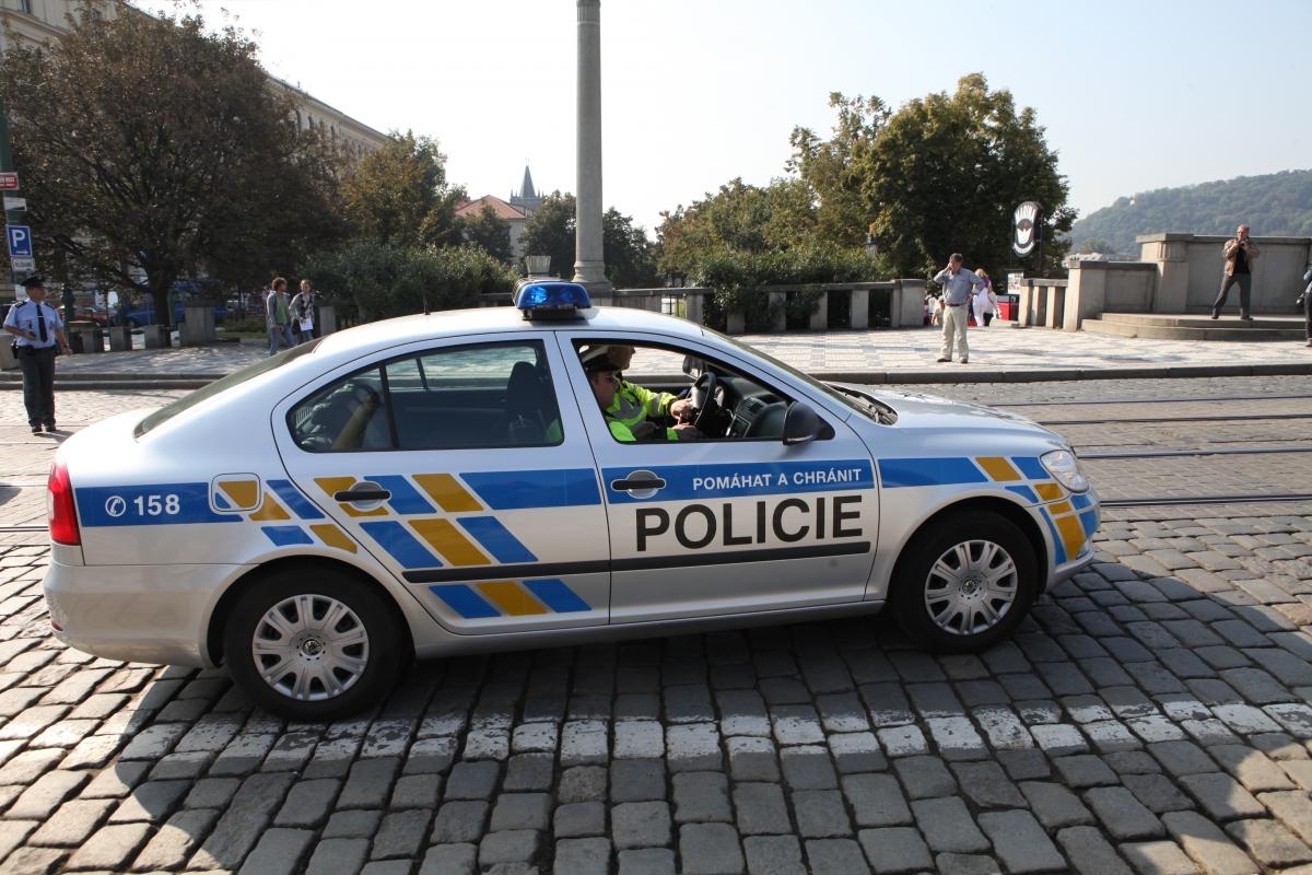 Populistické výkřiky o stabilizaci policie