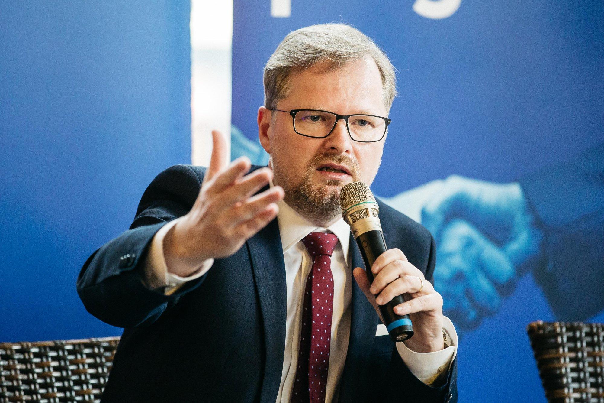 Petr Fiala: Nenechme si vnutit, že jsou jacísi lepší Evropané a my ti horší