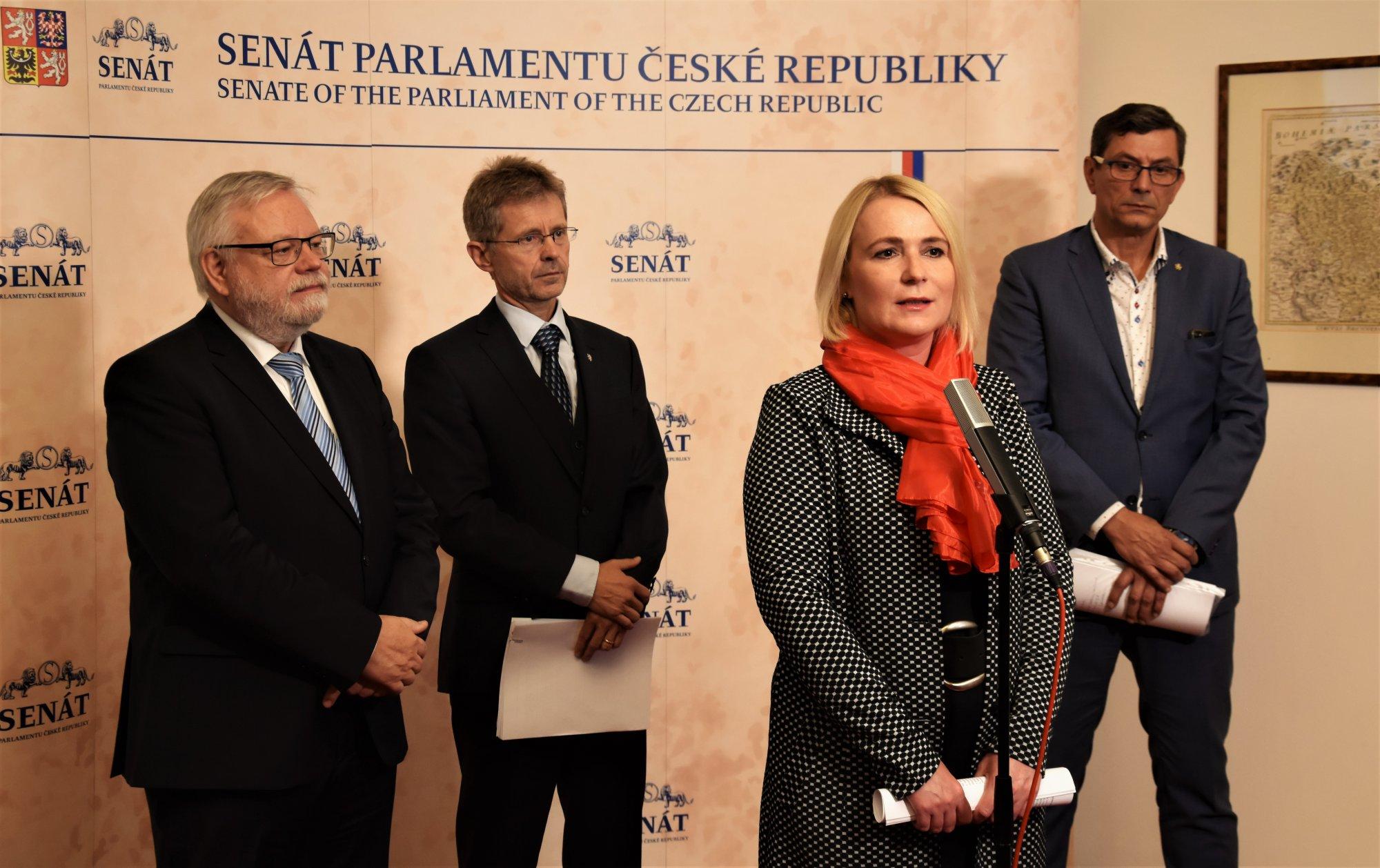 Senátoři ODS odmítají opakované vyřazení tzv. zbraňového zákona z programu jednání Senátu