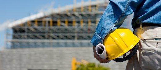 Stavební řízení kolabují, lidé čekají na svá stavební povolení i měsíce
