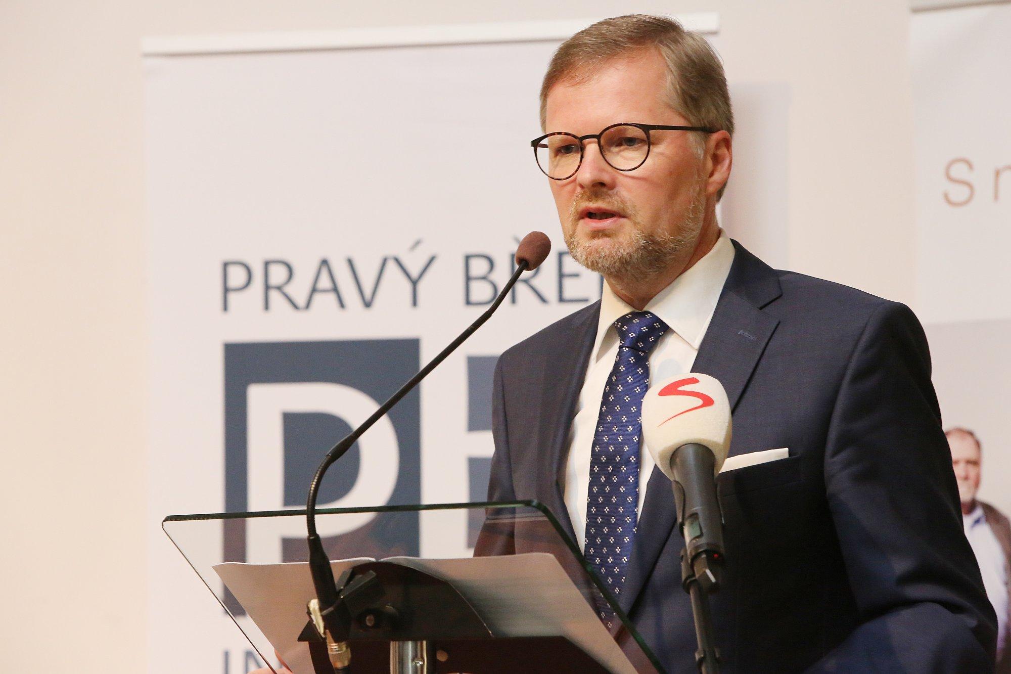 Petr Fiala: Zlehčovat nebezpečí ze strany komunistů je nezodpovědné. Žádní demokraté to nejsou