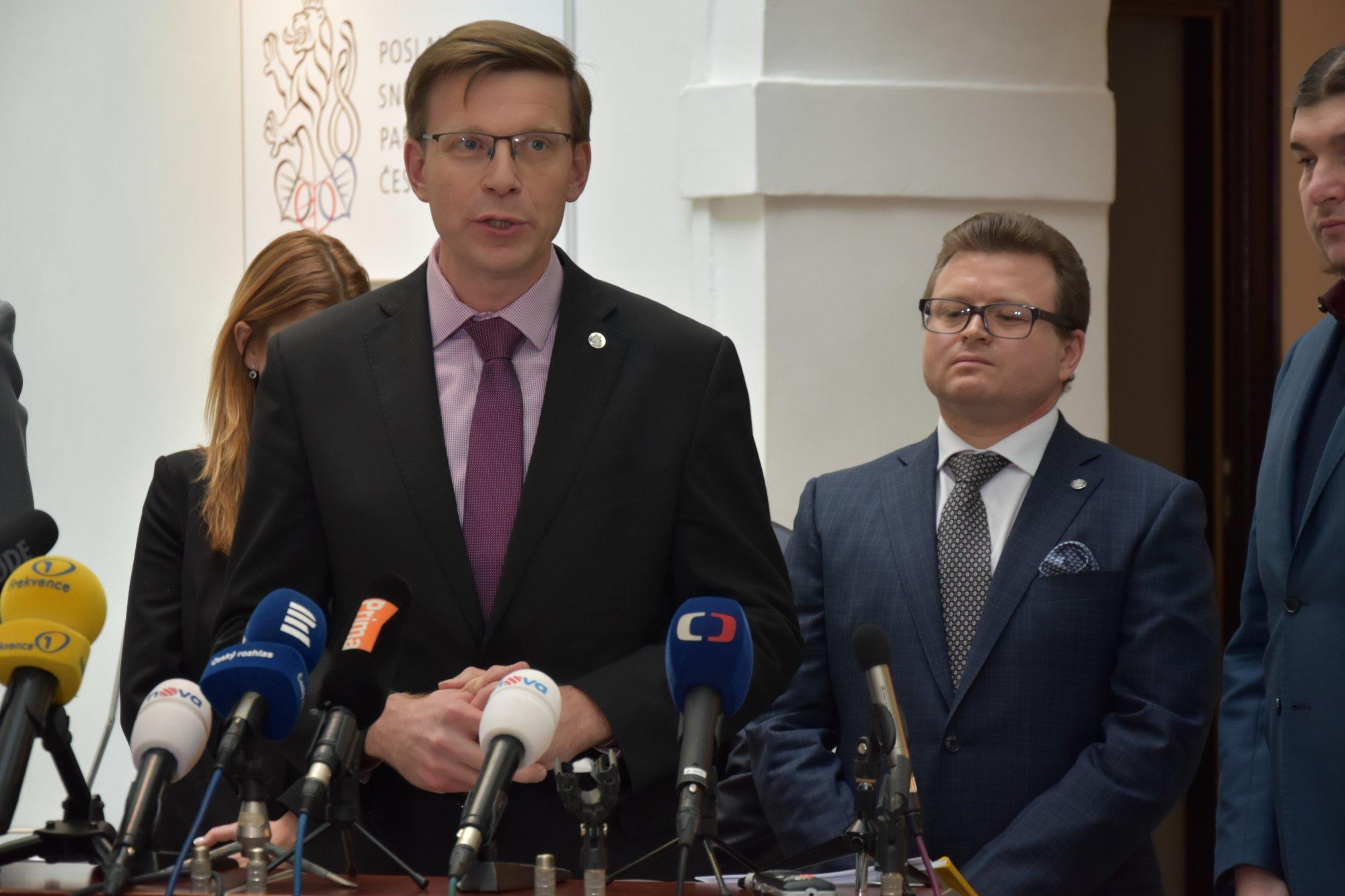 ODS: Byrokracie v ČR potřebuje dietu. Zřízení firmy online za jeden den podporujeme