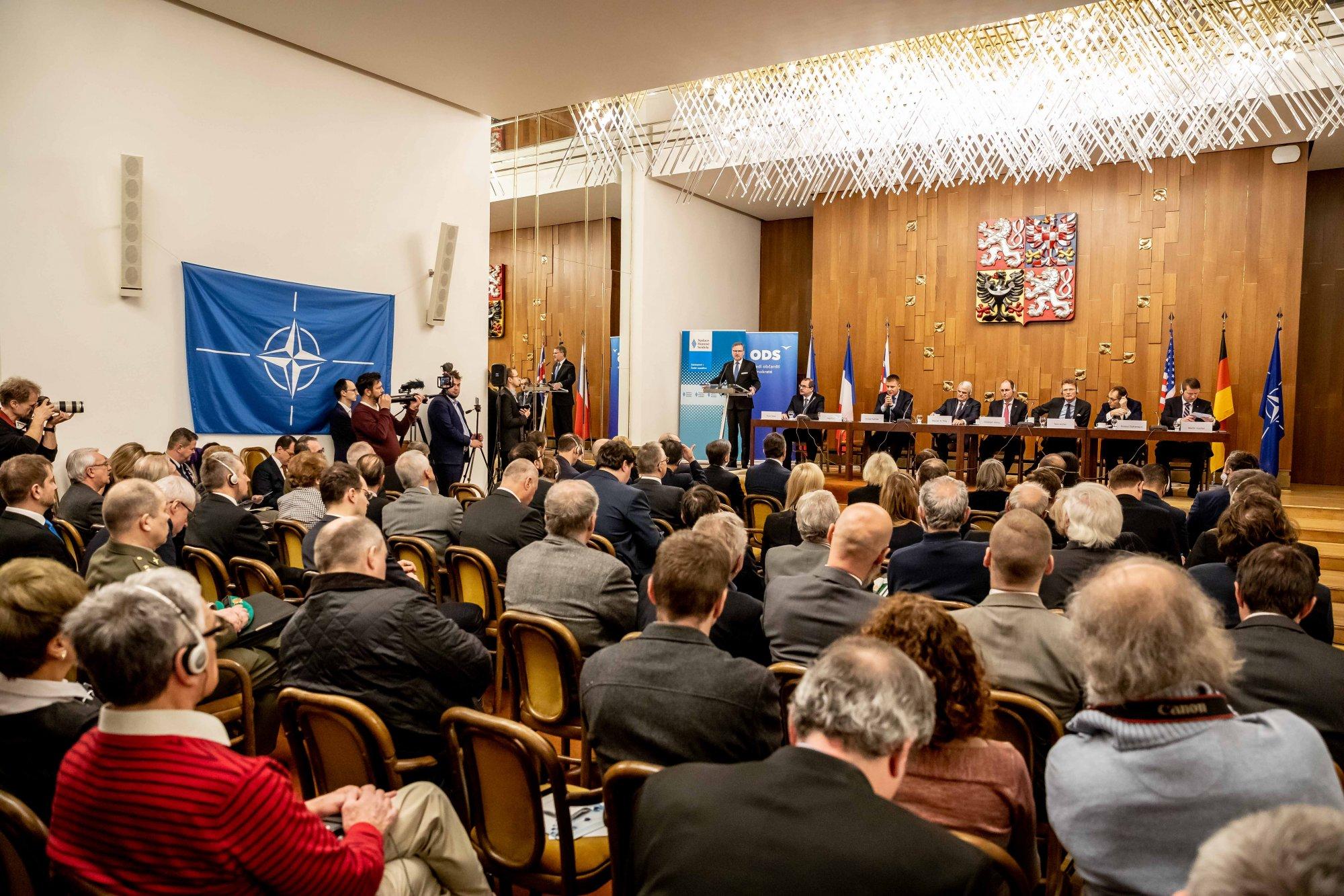 ODS: NATO dává ČR bezpečnostní záruky, o kterých se našim předkům ani nezdálo. Musíme dostát svým závazkům a navýšit výdaje na obranu na 2 % HDP