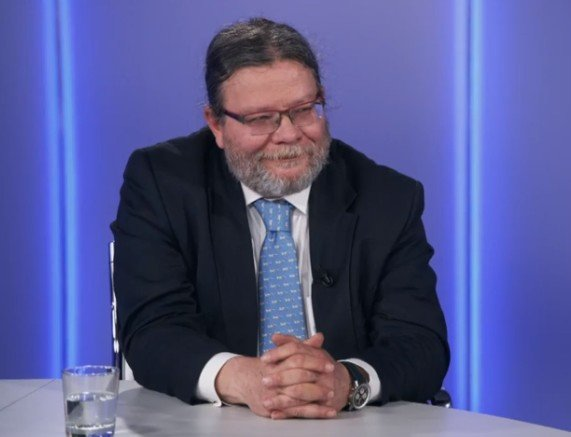 Duel Seznam.cz: Příliš regulace i eurokomisařů. Zeštíhleme Evropskou komisi