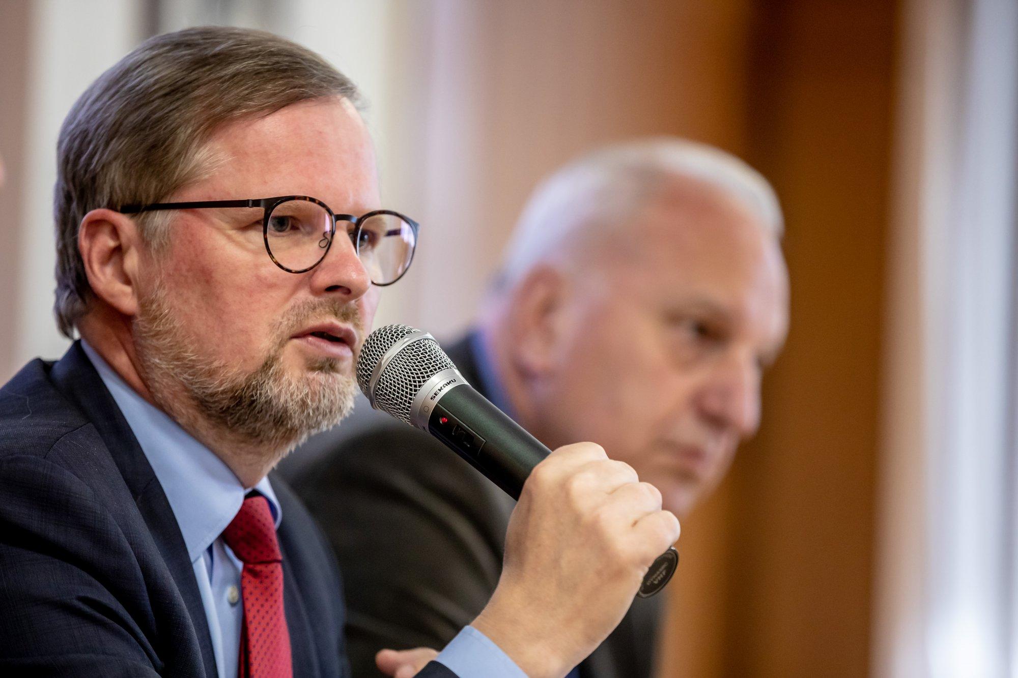 Petr Fiala: S Evropskou komisí by už o problémech premiéra neměli jednat lidé z ANO