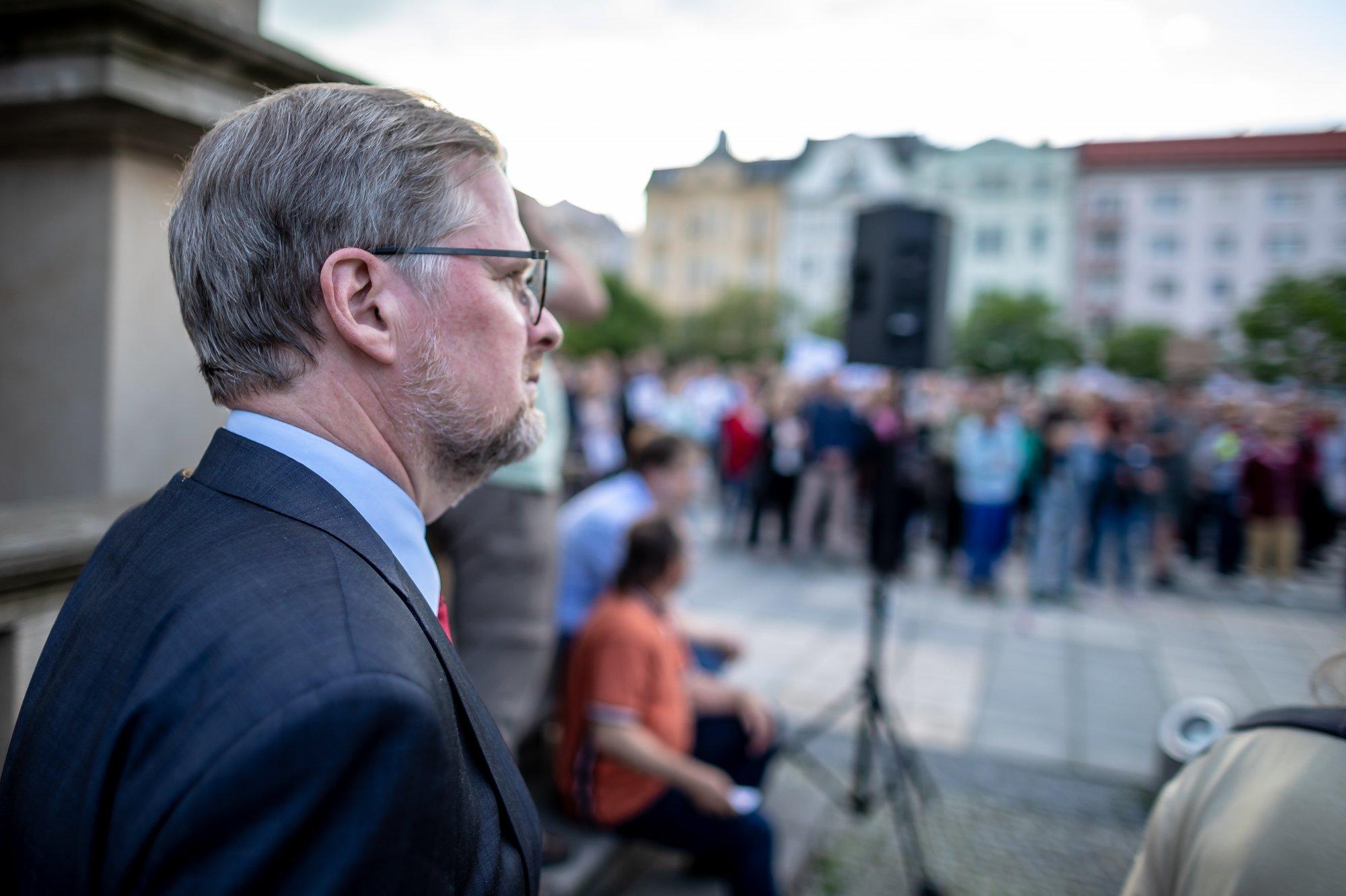 Petr Fiala: Česko nesmí být rukojmím Babišových problémů. Demonstrace mají smysl