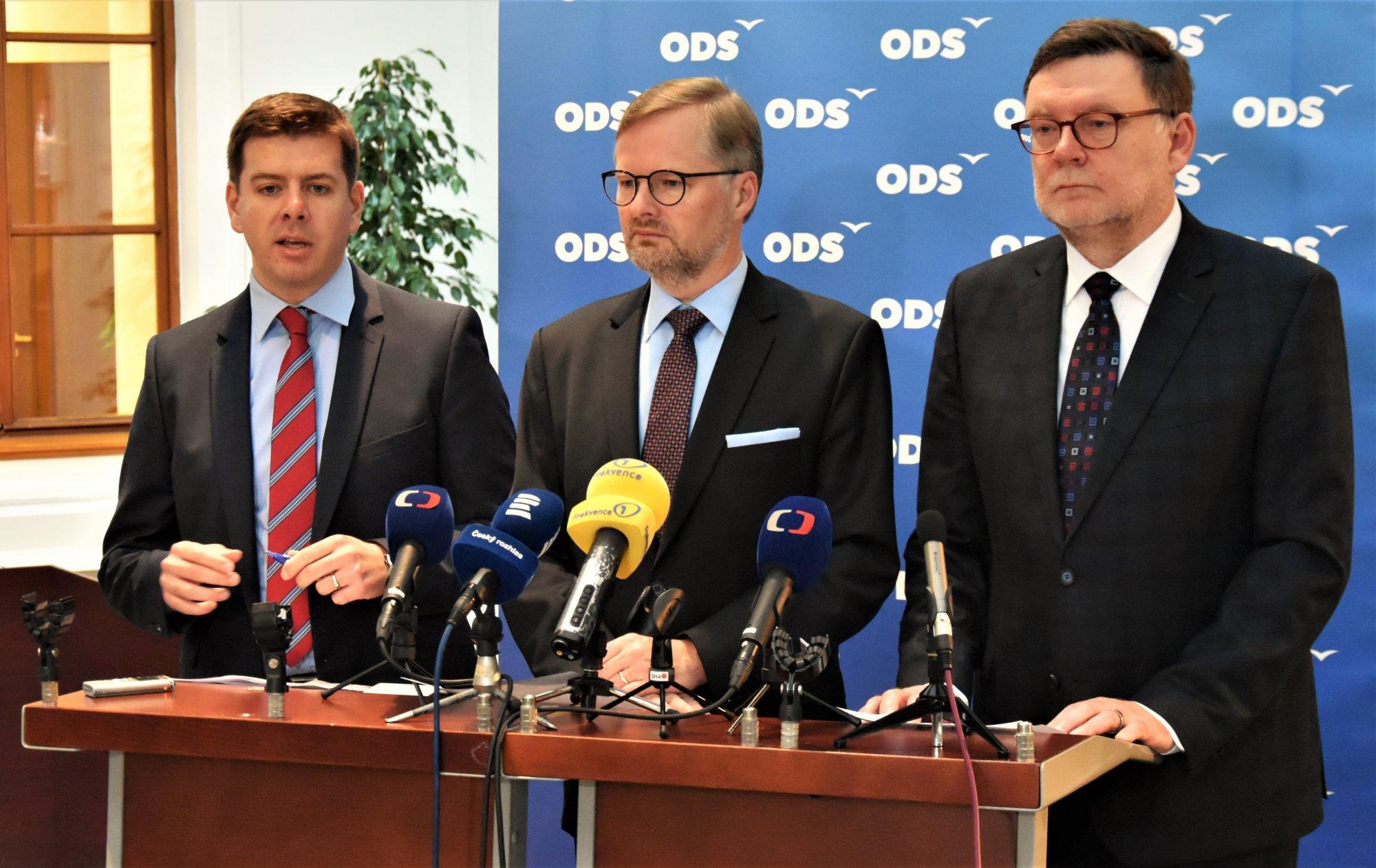 ODS: Zeman se paradoxně zachoval jako gentleman, když přišel do Sněmovny podpořit rozpočtový paskvil. Schillerová opět nebyla schopna předložit rozumný rozpočet