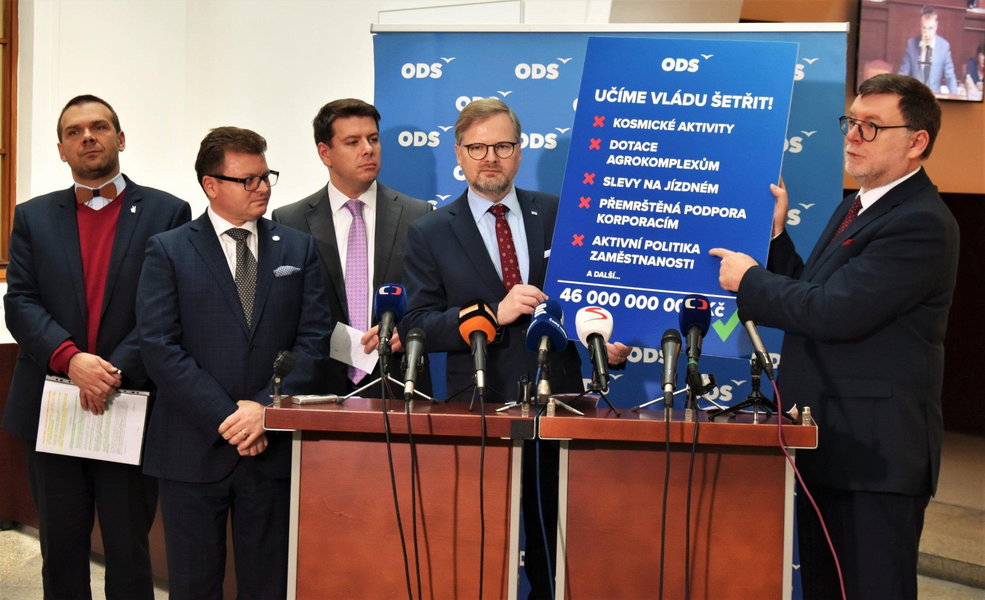 ODS: Ukážeme vládě, jak vyrovnaně hospodařit. V rozpočtu chceme škrtnout zbytečné dotace pro obří holdingy