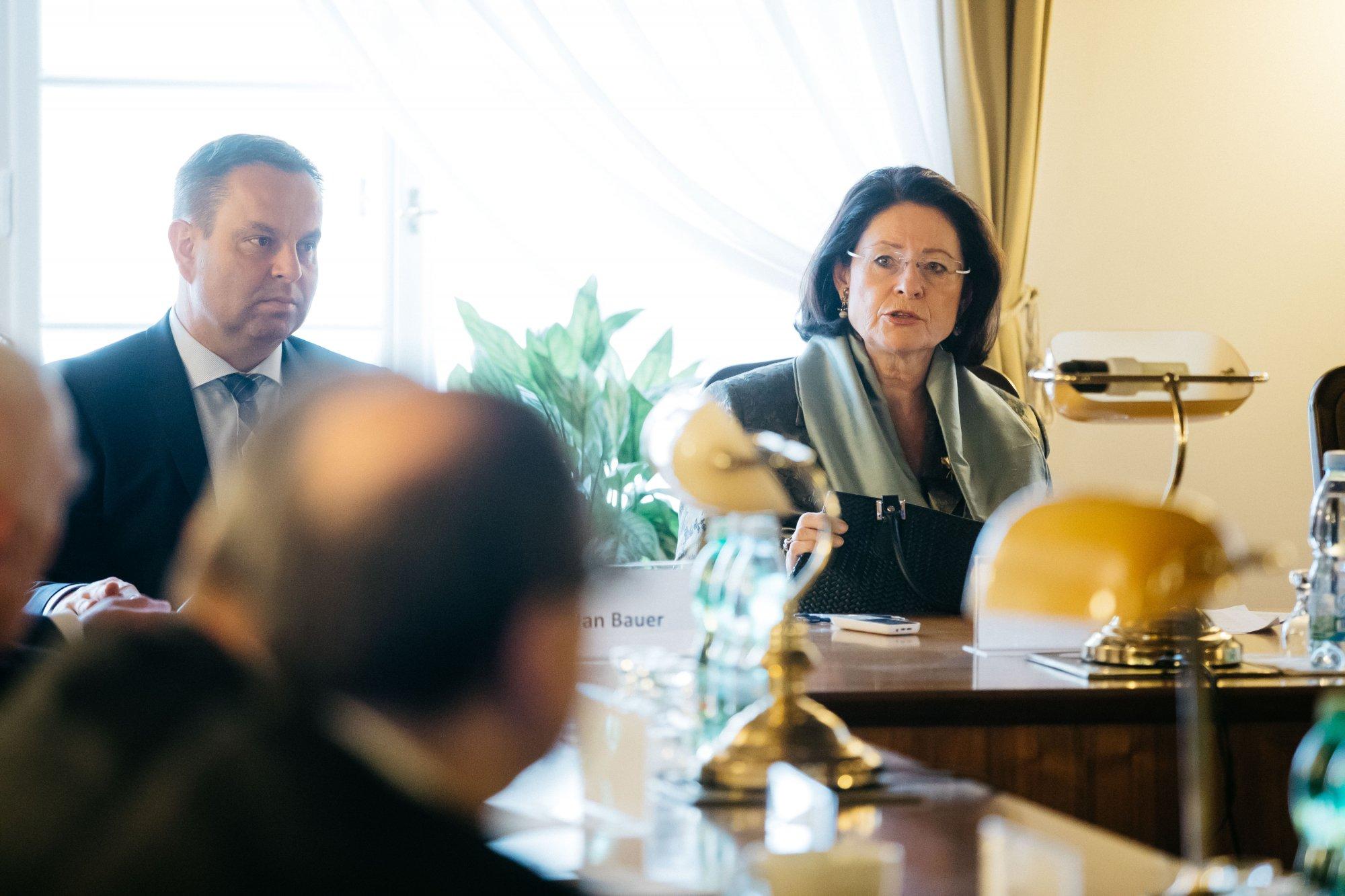 Za komunismu podporovala potlačování lidských práv, v demokracii chce být jejich ochránkyní: JUDr. Helena Ur-Válková