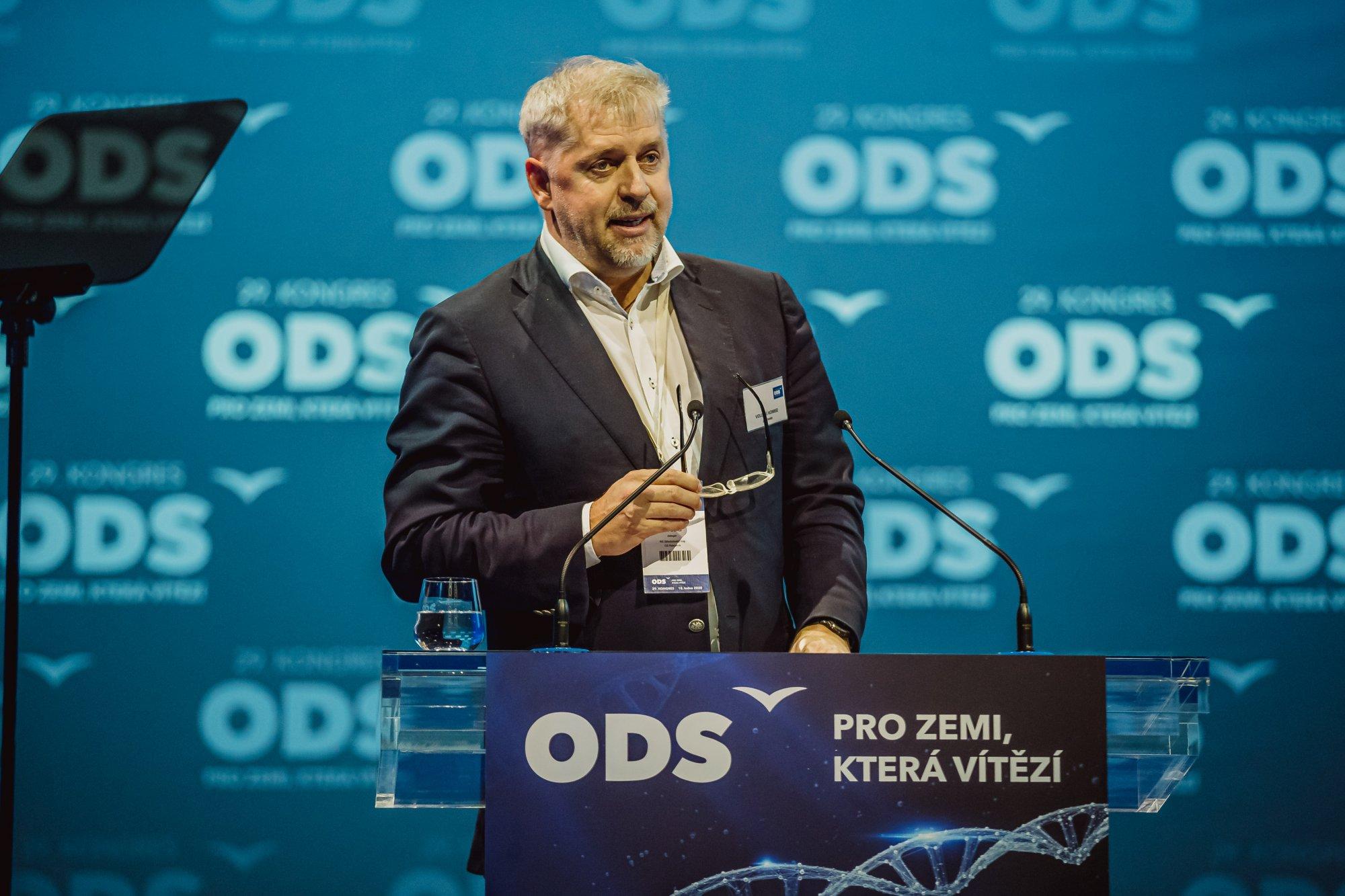 Interpelace na ministra zemědělství ve věci pronájmu obor LČR