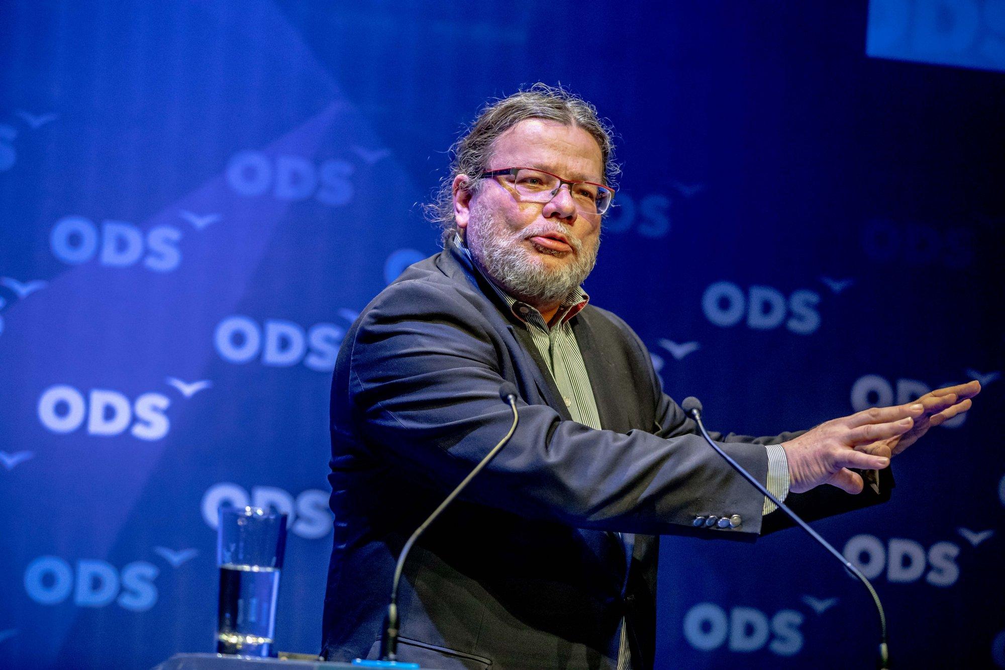 Koronavirus a pohádka o západních politických vůdcích
