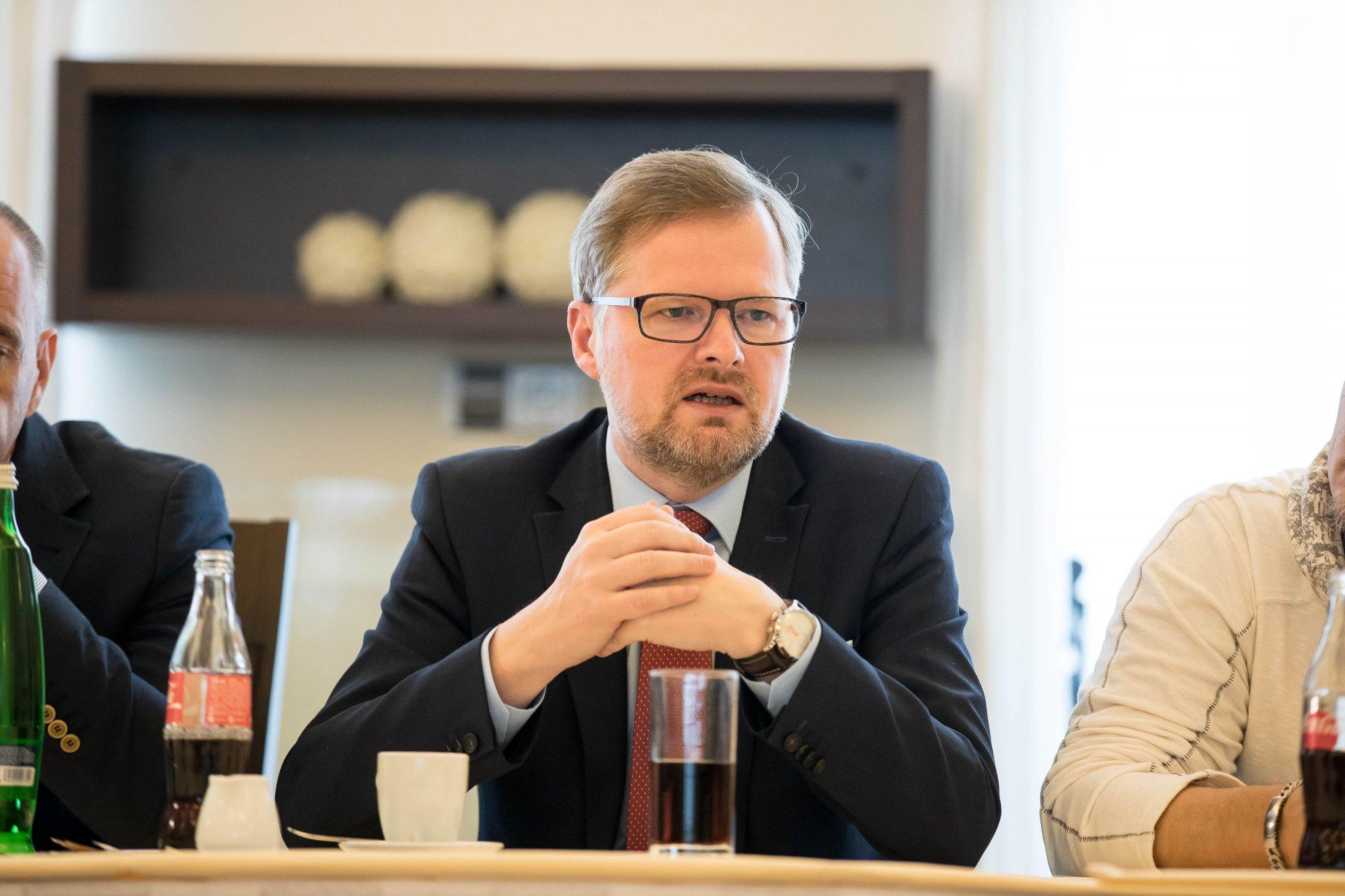 Petr Fiala: Opozice nesmí mlčet, i kdyby si to přála vláda a prezident Zeman