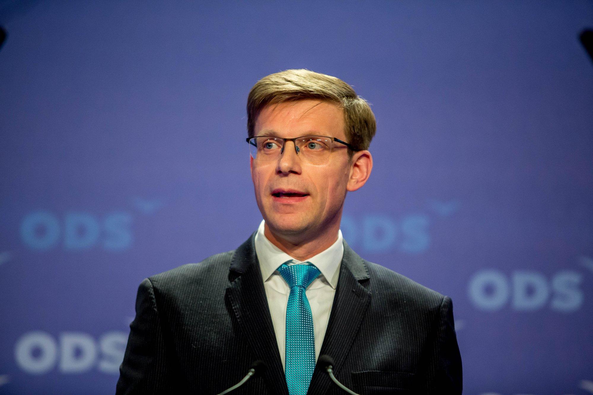 Vyjádření ministryně Schillerové je skandální, měla by se omluvit