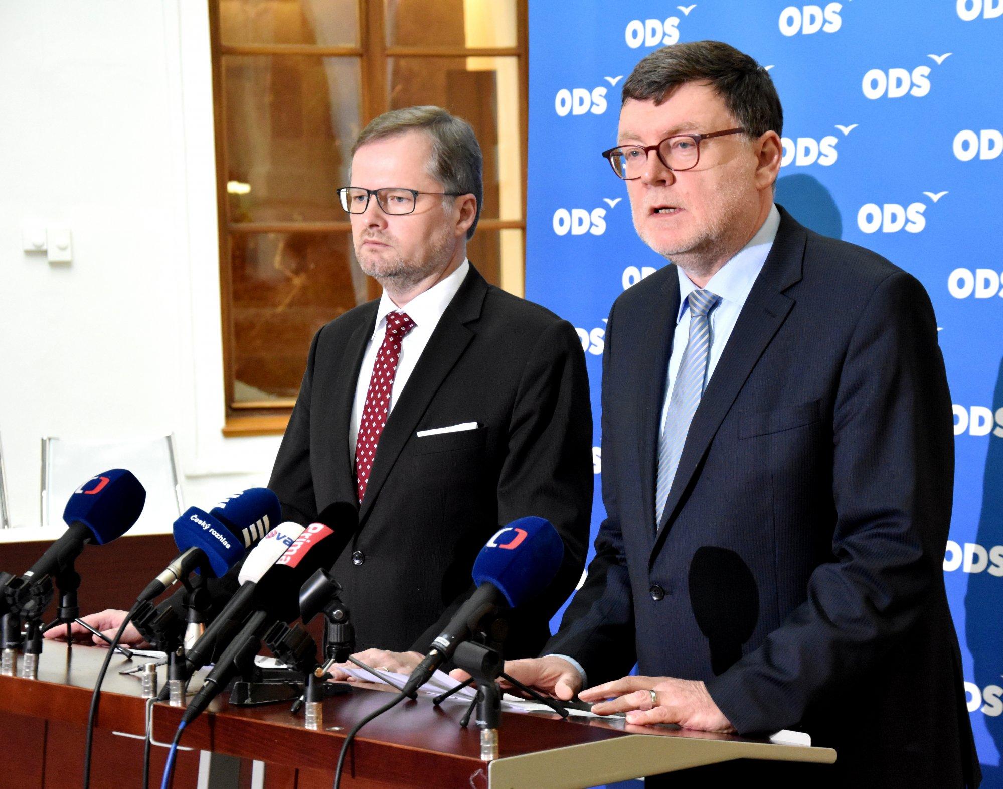Žádáme vládu o informaci, jak bude využito 33 mld. z EU