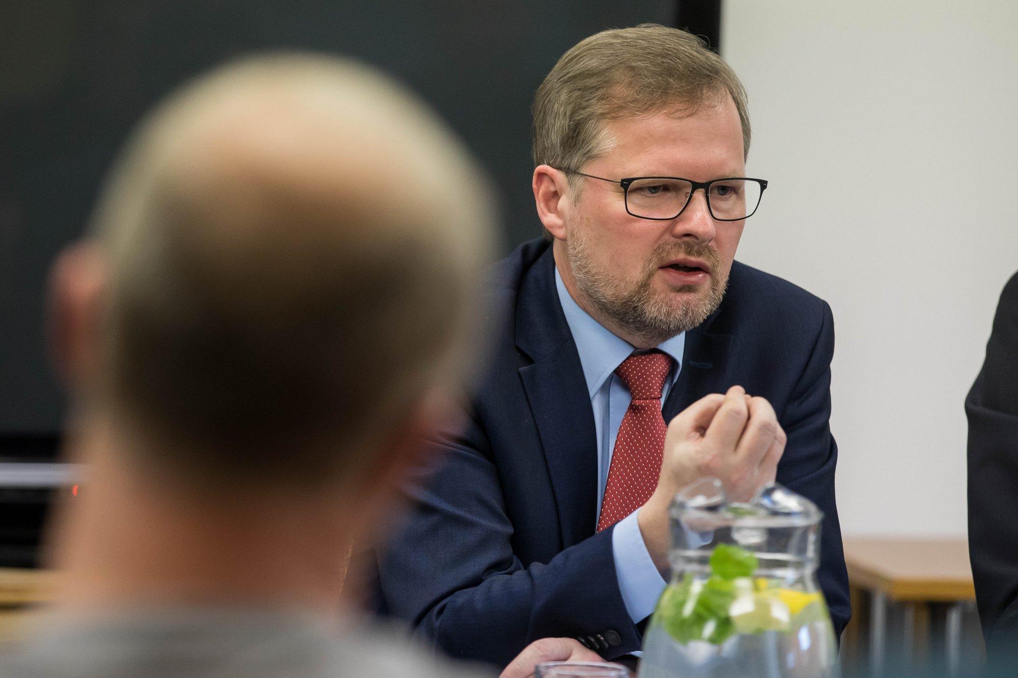 Petr Fiala: Byrokracie dusí podnikatele a oslabuje svobodu. Babišovi to vyhovuje