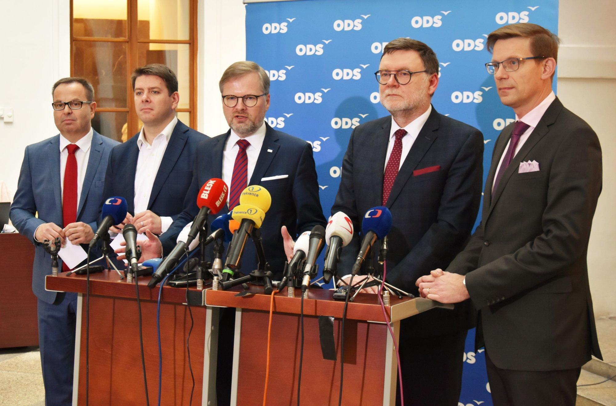 ODS: Vláda projednává tři zákony ze Záchranného kruhu ODS