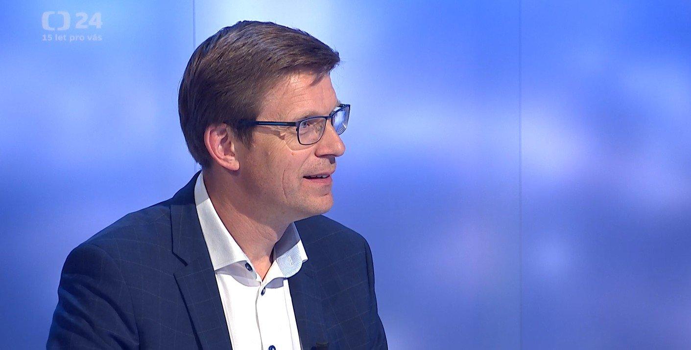 Události, komentáře ČT24: Volby v období karantény