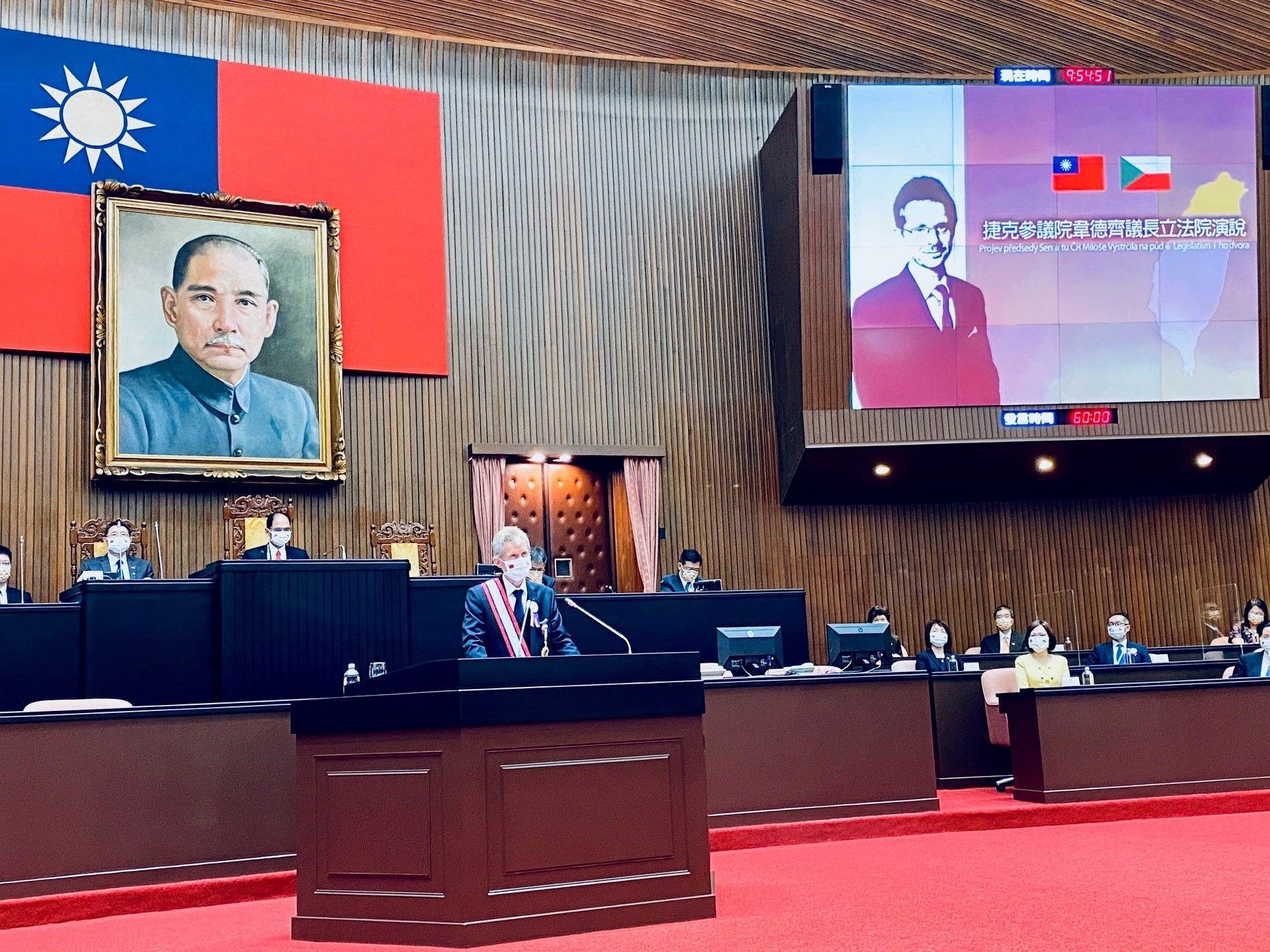 Projev před taiwanským Legislativním dvorem: Solidarita demokracií a obrana společných hodnot