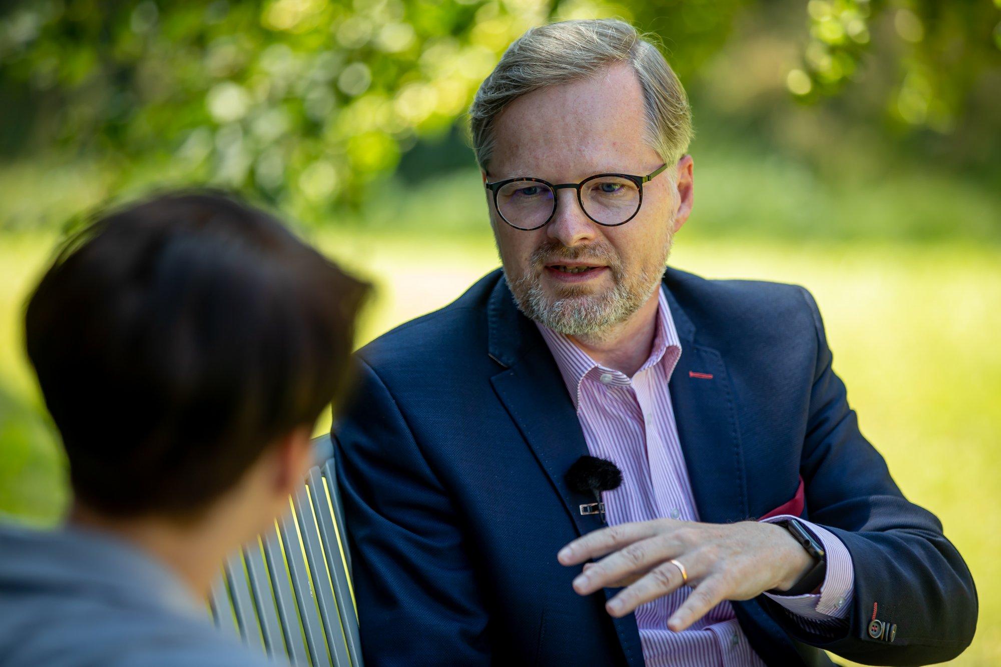 Petr Fiala: Jako premiér bych si nehrál se sirkami. Kroky vlády připomínají politické šílenství