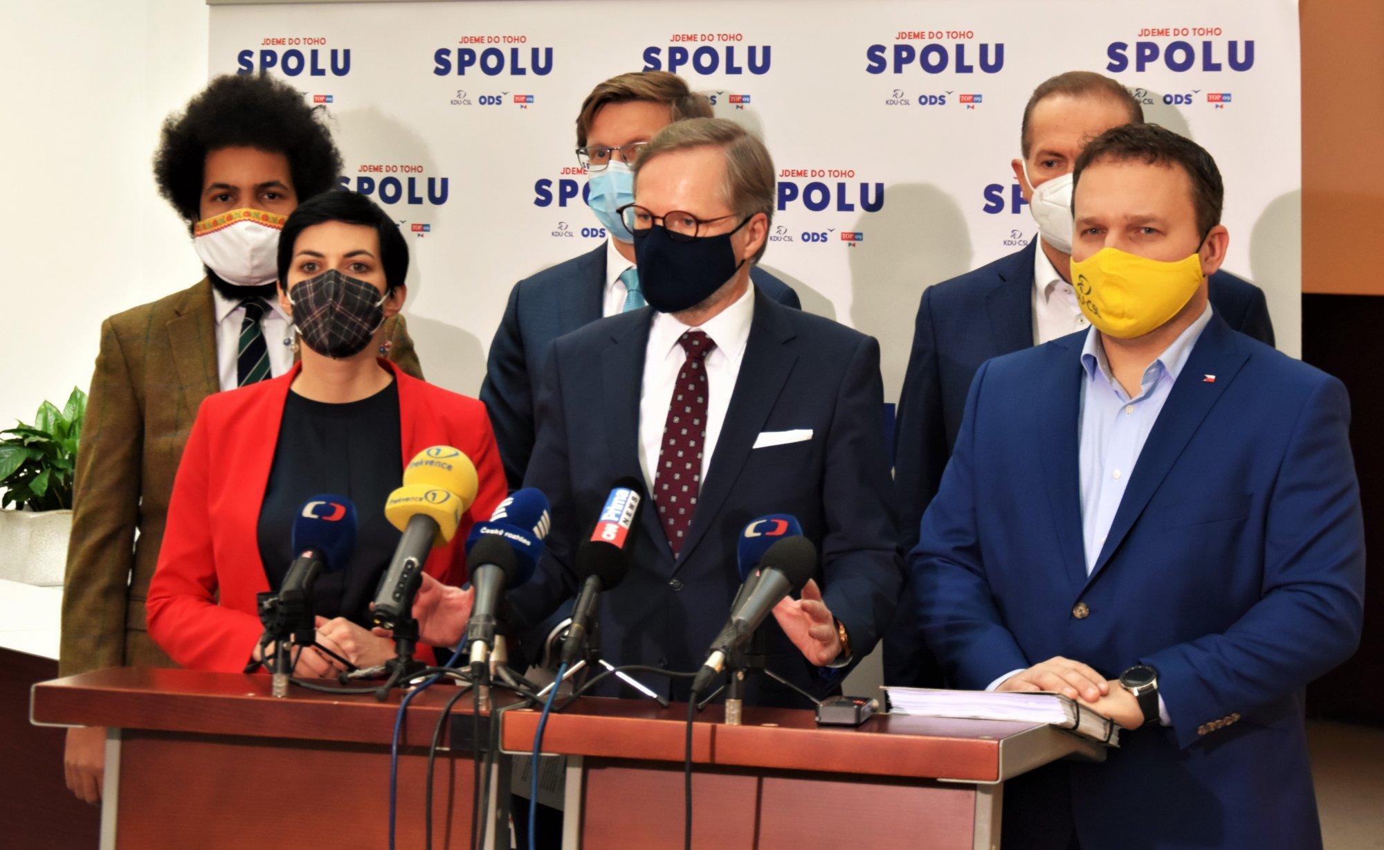 ODS, KDU-ČSL, TOP 09: Další prodloužení nouzového stavu nemůžeme podpořit