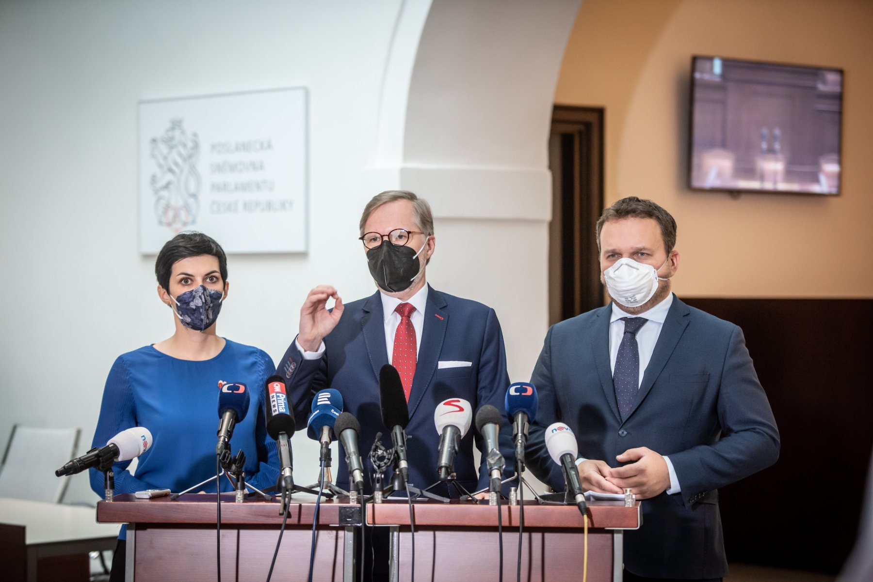 Koalice SPOLU definovala 6 kroků, které by měla vláda splnit, pokud chce hledat podporu nouzovému stavu