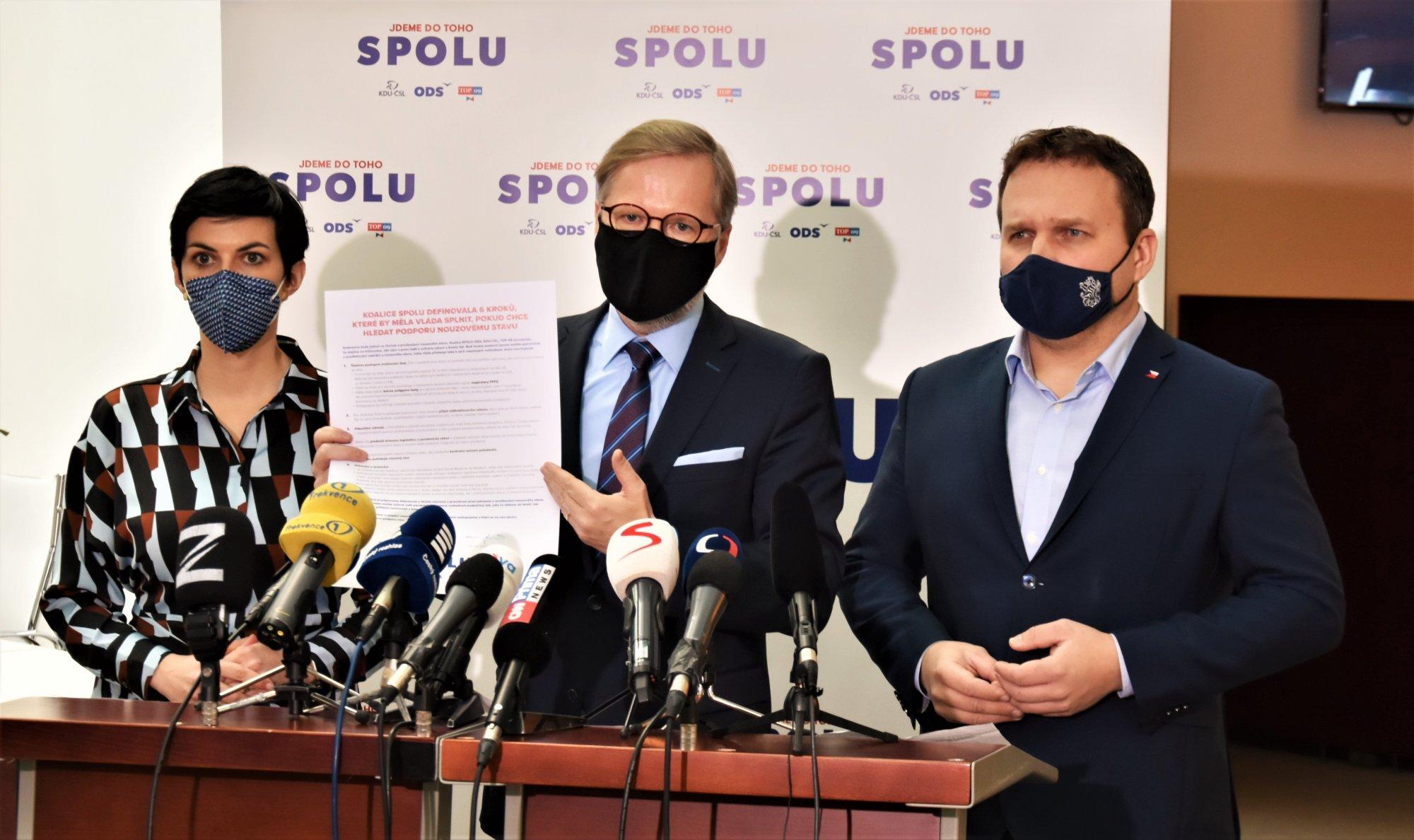 SPOLU: Vláda musí zařídit šetrné testy a rychlejší očkování. Měla by podporovat české výrobce