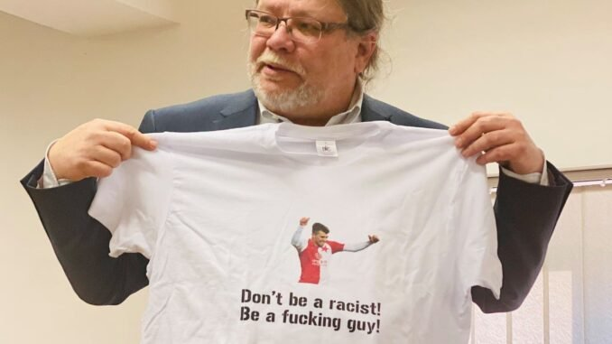 Fotbal, Slavia a rasismus naruby