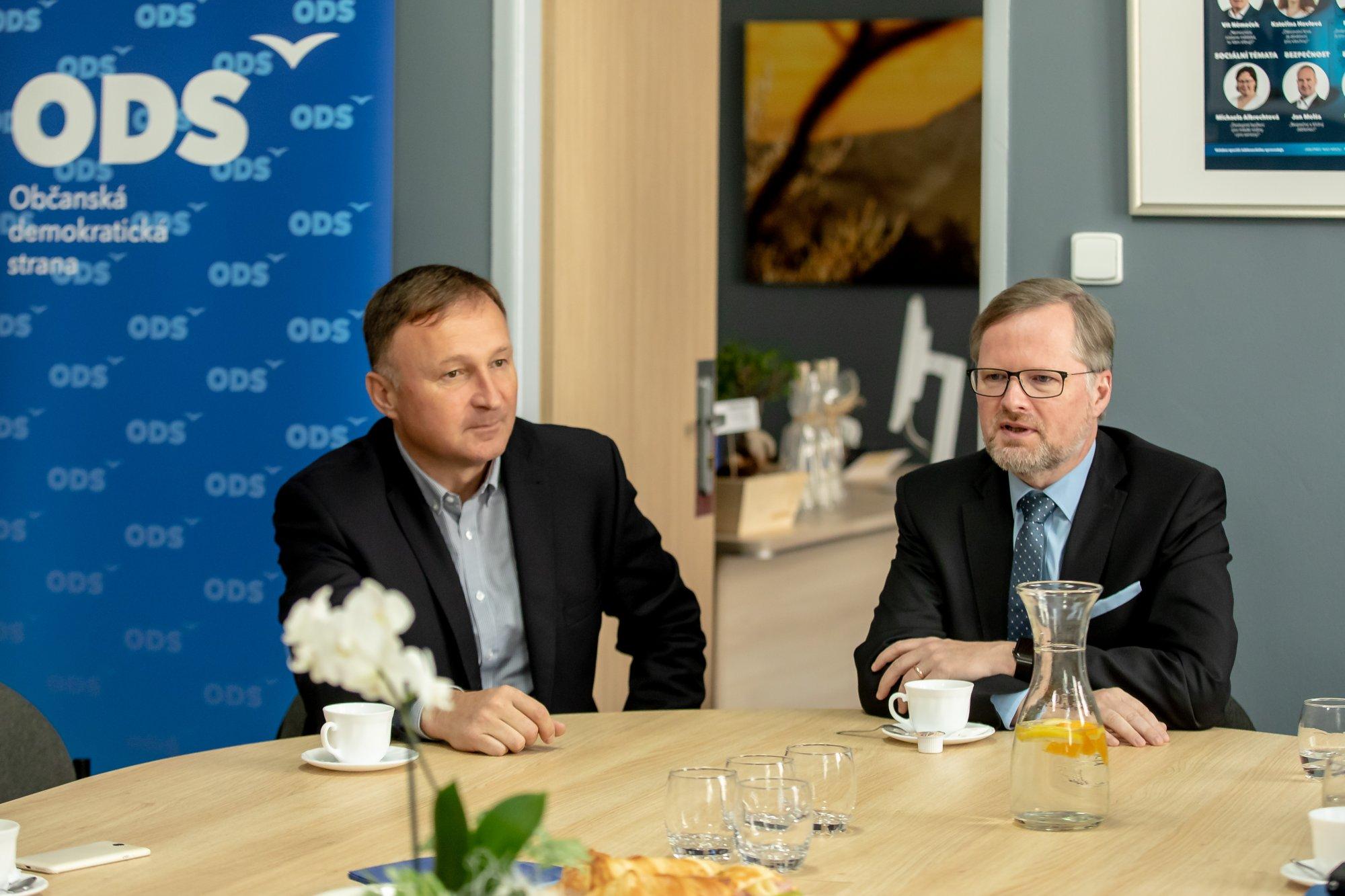 ODS: Česká vláda hraje hru na řešení krize, přitom nepožádala o koordinovaný postup další země