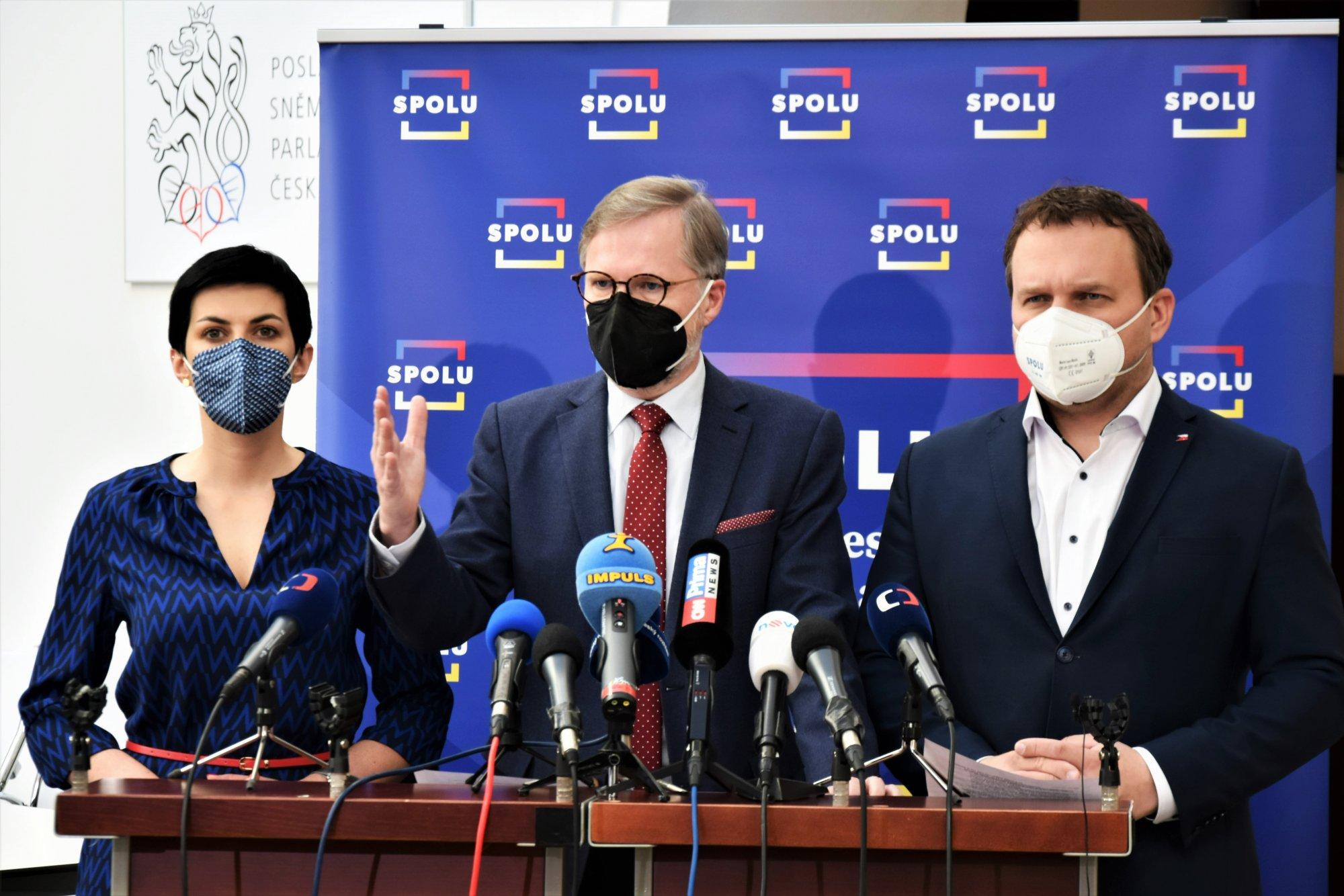 SPOLU: Chceme svolat schůzi k nedůvěře vládě
