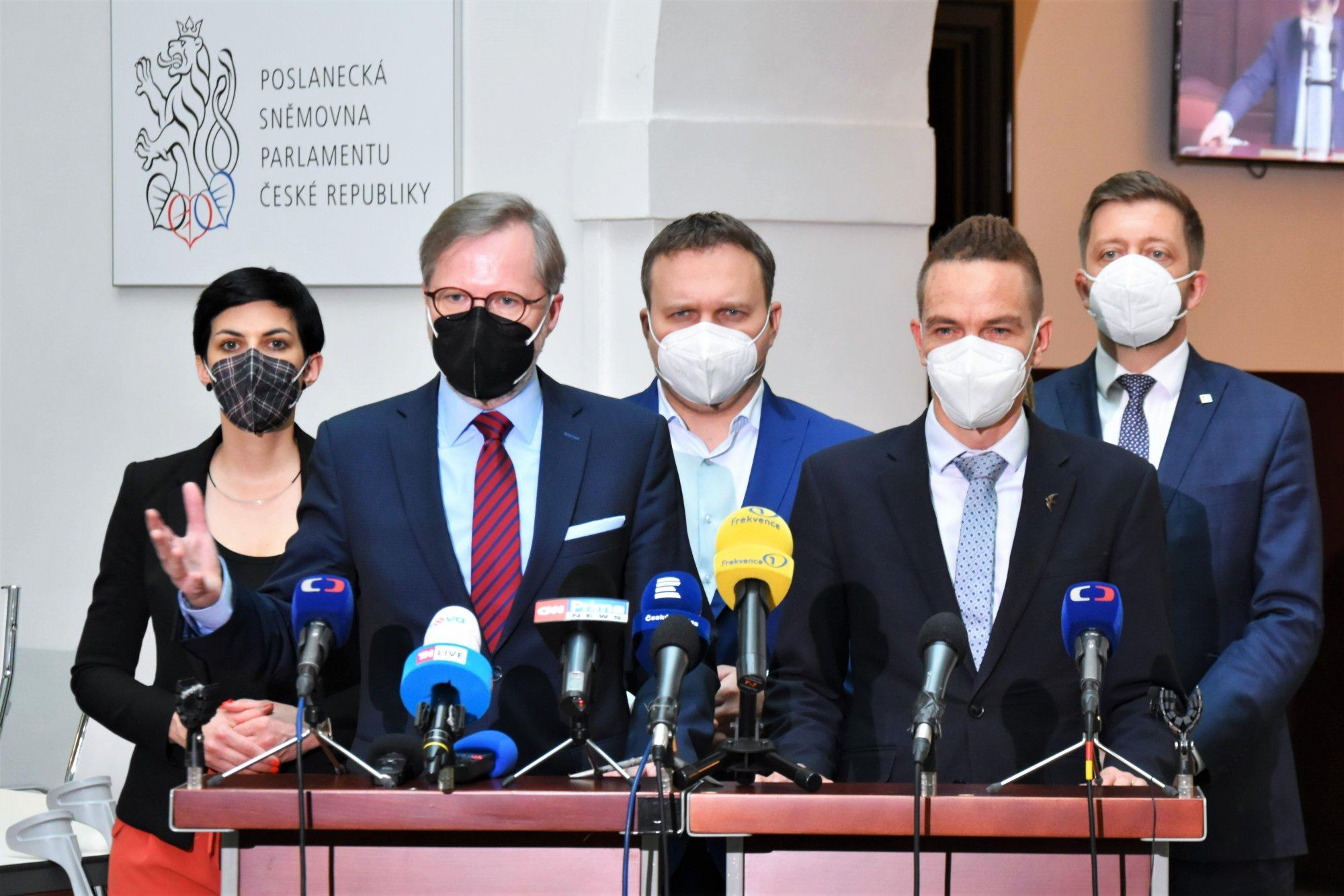 Petr Fiala: Domluvili jsme společný postup demokratické opozice ve věci nedůvěry vládě
