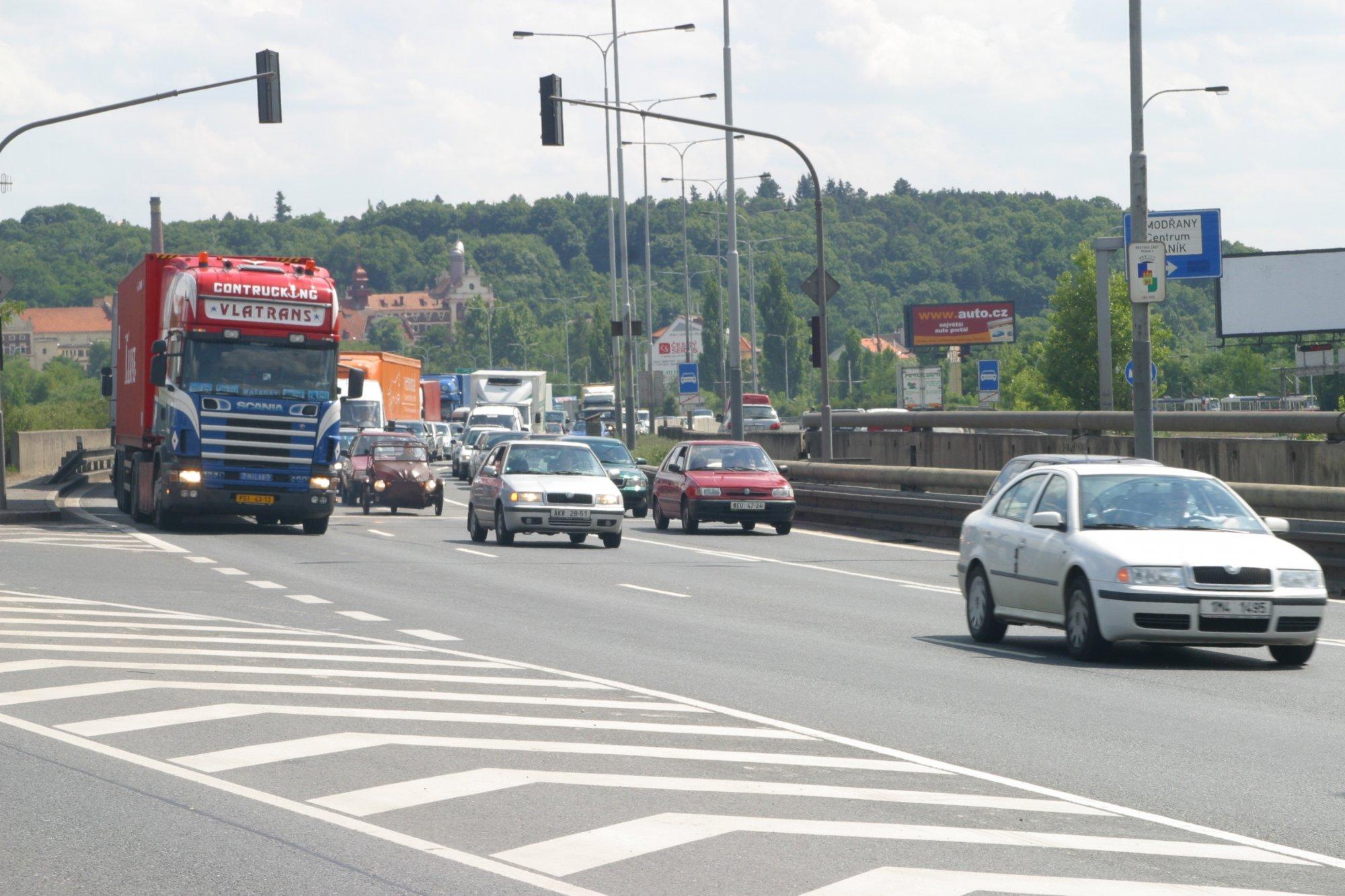 Středočeská ODS odmítá zavedení mýtných poplatků za vjezd do Prahy za situace, kdy schází nezbytná dopravní infrastruktura