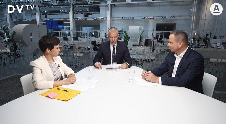 Duel DVTV: Neplatiči pokut bez dávek. Spravedlivý bič, nebo populismus?