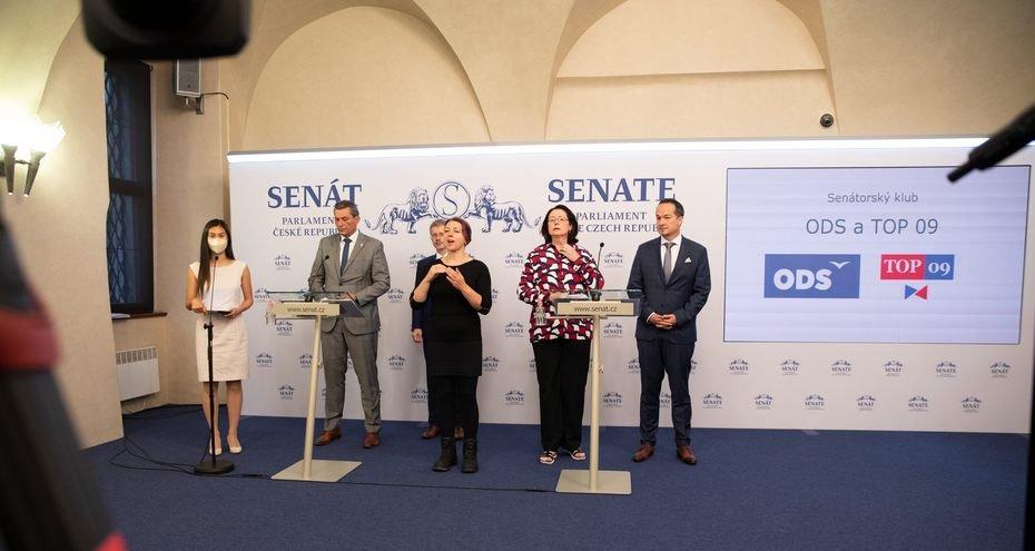 Senátorský klub ODS a TOP 09: Vylepšíme postavení zákazníků vůči energošmejdům