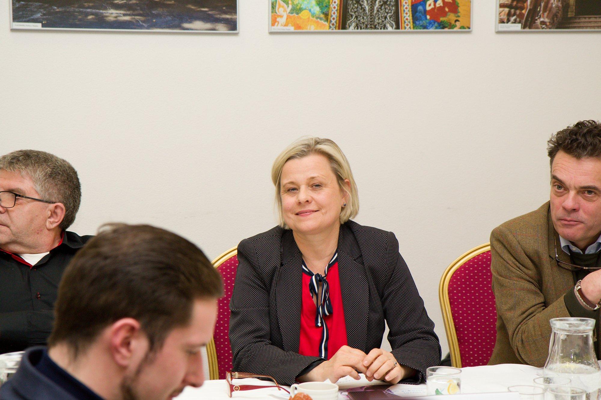 Rada ministrů financí schválila český plán obnovy. S premiérem Babišem je však jeho čerpání v nedohledu