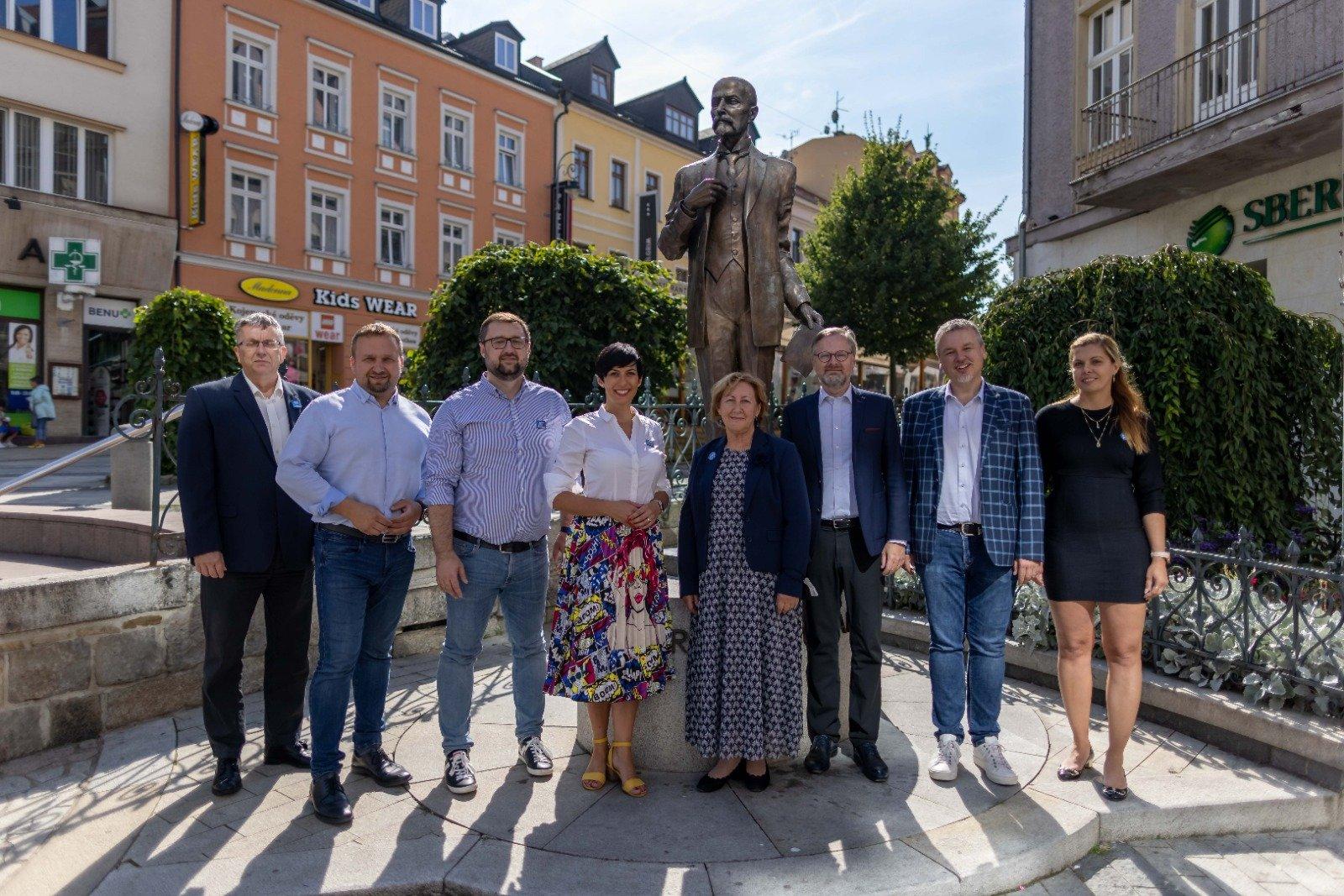 Koalice SPOLU: Budeme řešit nedostatek praktických lékařů a zubařů v Karlovarském kraji