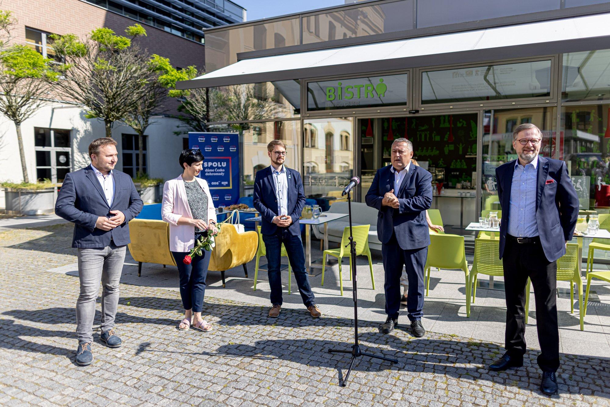 Koalice SPOLU: Dostavba dálnic D11 a D35 jsou pro dopravu a rozvoj Královéhradeckého kraje prioritou