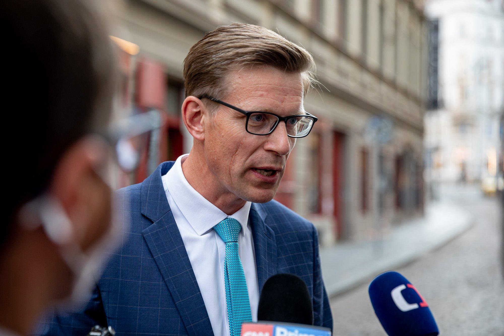 ČSSD pokračuje ve vyhlašování nesmyslných cest k řešení dostupného bydlení